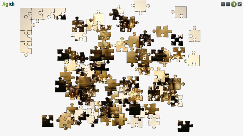 an example of a jigidi jigsaw puzzle in full screen mode